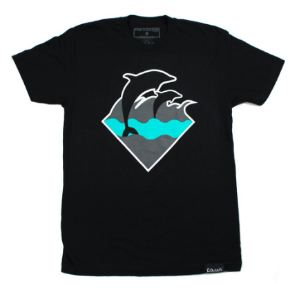 waves tee black 1